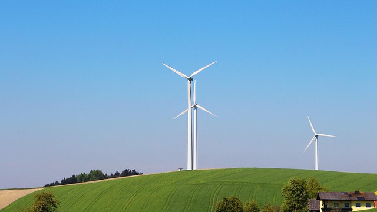 Ökostrom & Strom aus Österreich | Energy Hero. Immer automatisch ...
